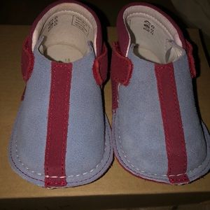 New in the box Pipit size 6-9 months